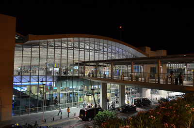 Larnaka_International_Airport400x265